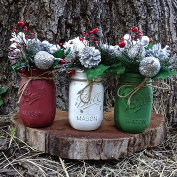 Christmas Mason Jar Decor. Painted Mason Jars. Christmas Decor. Christmas Centerpiece. Christmas Jars. Rustic Christmas Decor. Holiday Decor