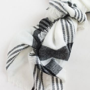 Stacy Black and White Scarf
