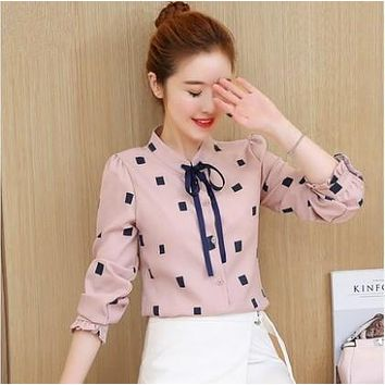 Spring New Fashion Ladies Casual Slim Lace-up Bow Collar Polka Dot Shirt Full Petal Sleeves Blouse Women Chiffon Blouses Shirts