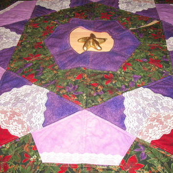 Christmas Tree Skirt Quilt  -  Winter Flowers  -  27