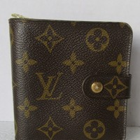 LOUIS VUITTON MONOGRAM WALLET ZIP AROUND CT0015