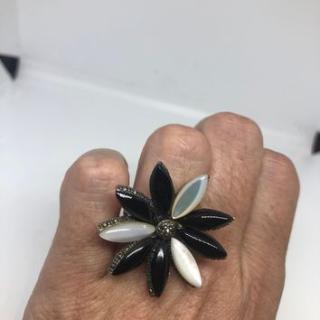 Vintage Mother of Pearl Black Onyx 925 Sterling Silver Marcasite Flower Ring