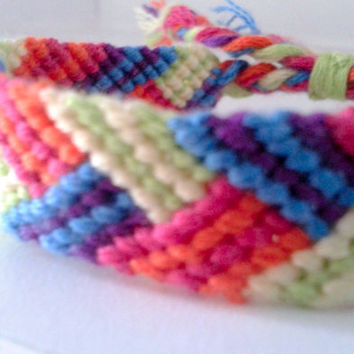 Braid Pattern Friendship Bracelet - Adjustable Hand-woven Embroidery Floss Bracelet