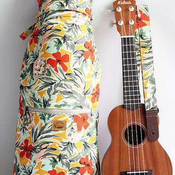 Soprano ukulele case with strap / tropical yellow / ukulele soft case / hawaiian fabric / pineapple / school / lesson bag / instrument case