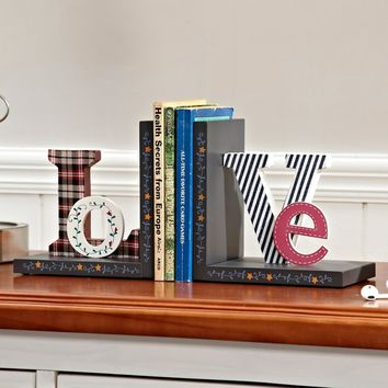 Fashion European Retro Style LOVE Bookends Wooden Art Solid Wood Book Holder for Kids Home Study Decoration