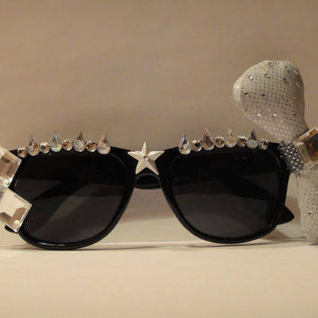 Lady Gaga Inspired Avant Garde Black and Silver Wayfarer Style Sunglasses