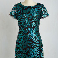 Short Length Short Sleeves Shift It Comes and Glows Dress