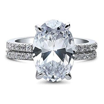 A Flawless 5.3CT Oval Cut Russian Lab Diamond Bridal Set