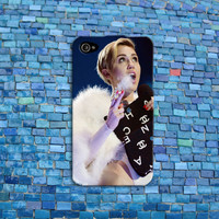 Smoking Miley Cyrus iPhone Case Cool 420 Custom Music iPhone Cover iPhone 4 iPhone 5 iPhone 4s iPhone 5s iPhone 5c Case
