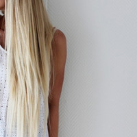 22 Inch Bleach Blond Clip In Hair Extensions by TheHairAffair