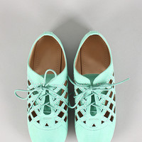 Carter-1 Lace Up Cutout Oxford Flat