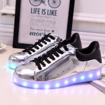 Stylish Lightning Low-cut Flat LED Noctilucent Shoes [6734565255]