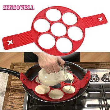 2017 New Product Fantastic Fast & Easy Way to Make Perfect Panicakes Silicone egg pancake mold ring Kitchen Tool
