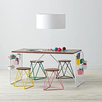 Linear Play Table