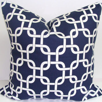 SALE PILLOW.Navy Blue.White.20x20 inch.Decorator Pillow Cover.Printed Fabric Front and Back.Dark Blue Chainlink Pillow.Home Decor