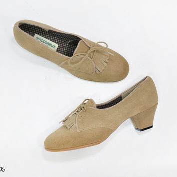 "Vintage 60s Oxford Heels • Suede Shoes • Beige Heels • Tan Leather Shoes • Fringe • 2"" Heels • 1960s Heels • Deadstock • Womens Size 7"