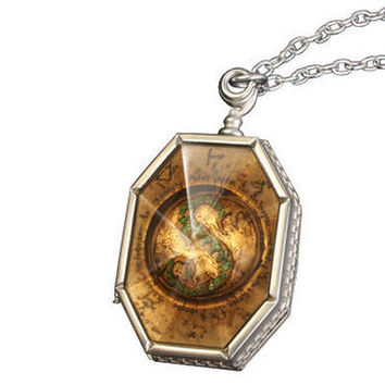 Horcrux Locket | WBshop.com | Warner Bros.