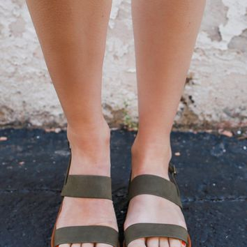 Made to Travel Sandals - Olive