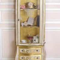 8488 - Vintage Italian Florentine Gold and Cream Gold Gilt Display Cabinet - $1395 - The Bella Cottage