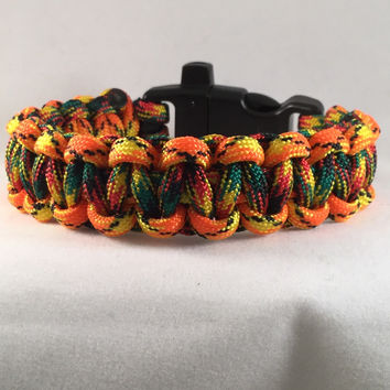 Sunburst Rasta - Cobra Paracord Bracelet with emergency Whistle Buckle