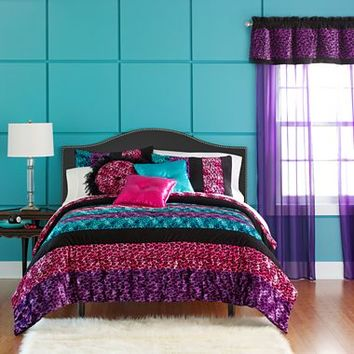 Seventeen® Pop Art Animal Comforter Set & More