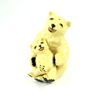 Vintage Ceramic Arts Studio Polar Bear Mother and Cub Salt and Pepper Shaker Set from 1940s