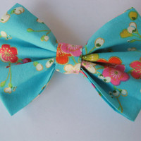 Girls fabric bow, Womens hairclip, bridesmaid gift, Asian princess, cotton fabric aqua floral print hair clips, simple elegant feminine,