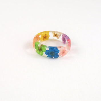 Real flower Resin ring, Nature ring, Real flower jewelry, Pressed flower jewelry, Flower resin, Botanical ring, resin jewelry, Rainbow ring