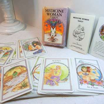 Medicine Tarot cards / vintage cards / Carol Bridges / complete deck with instructions / Healing / beautiful illustrations / spiritual gift