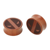 Wood Marvel Deadpool Saddle Plug 2 Pack