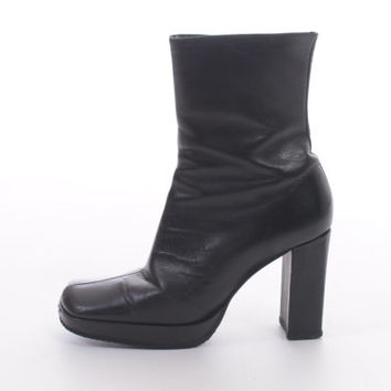90s Guess Leather Boots Chunky Platform Black Made in Spain Minimalist Modern Boots Womens Size US 7 UK 5 EUR 37-38