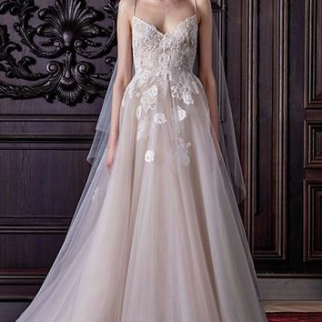 Monique Lhuillier 'Severine' Chantilly Lace & Tulle Gown (In Stores Only) | Nordstrom