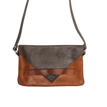 Raven and Lily Yami Crossbody