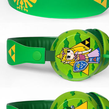 Legend of Zelda headphones earphones handpainted Link Triforce green yellow