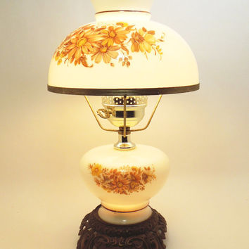 Vintage hurricane lamp and night light with hand-painted yellow flowers antique-brass base - Cottage chic lighting decor