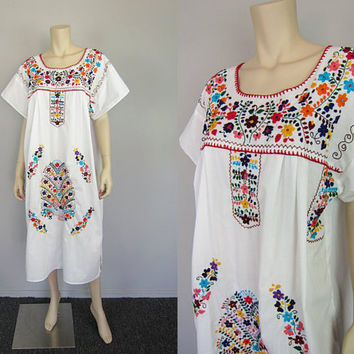 Vintage Mexican Floral Embroidered Hippie Dress Boho Festival Peasant Folk Dress Wedding Midi