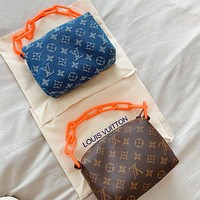 Louis Vuitton LV New Fashion Women's Printed Letter Chain Tote
