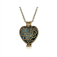 Steampunk Magic Round Locket - Glow in the Dark Pendant - Heart Flower