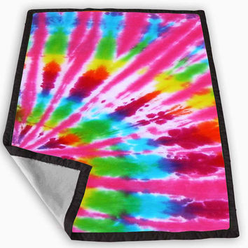 how to make a tie dye blanket