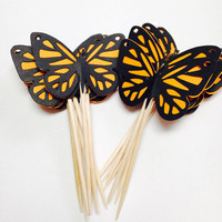 Monarch butterflies cupcake toppers