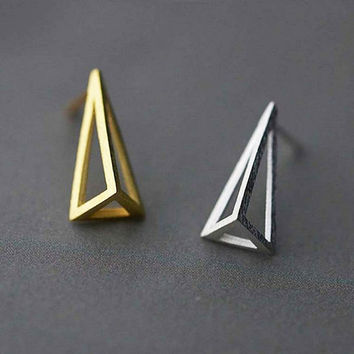 Fashion Pyramid Earrings, Sterling Silver Pyramid Stud Earrings,Geometric earrings,Geometric stud earrings,triangle earrings,gift for her