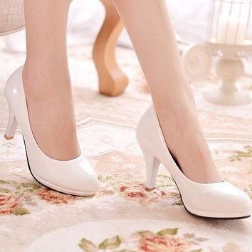 Hot Sale Women Comfortable Stiletto Round-Toed Professional High Heels White