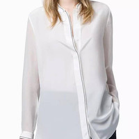 White Long Sleeve Buttoned Shirt