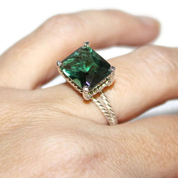 Emerald Green Ring, Sterling Silver, East West Ring, Green Quartz Stone