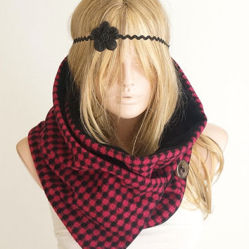 ON SALE NEW Houndstooth Scarf , Black and Pink Scarf, Shawl