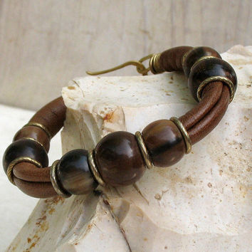 Brown Leather Bracelet,  Soft Goat Leather Bangle, Marbled Cream Brown Horn Beads Bracelet,  OOAK