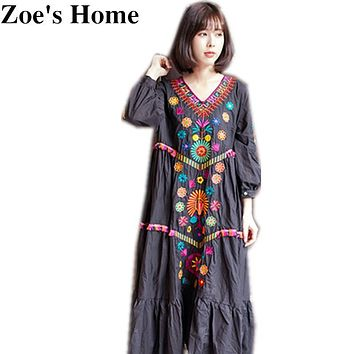 Top Quality New Women Vintage Ethnic Flower Embroidered Cotton Tunic Casual Long Dress Hippie Boho Loose V-neck dress female
