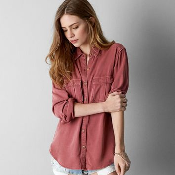58f67eaf AEO MILITARY BUTTON DOWN SHIRT from American Eagle Outfitters