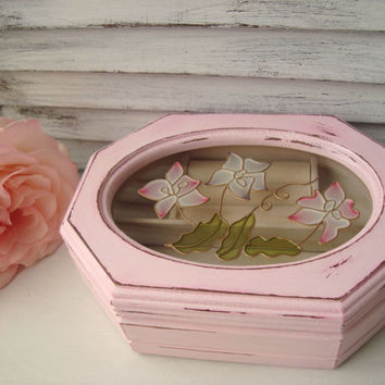 Shabby Chic Pink Jewelry Box, Light Pink Vintage Wooden Jewelry Holder with Floral Glass Etching, Small Jewelry Box, Gift Ideas