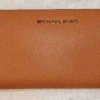 Michael Kors Jet Set Travel Acorn Brown Zip Around Continental Wallet MSRP $138